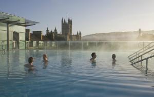 英國娛樂-巴斯溫泉浴場