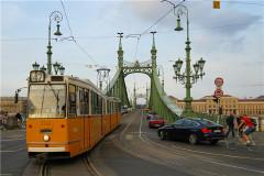 秋在两河:绿色多瑙不忧郁,伏尔塔瓦有灵犀(上:布拉格/布达佩斯篇)