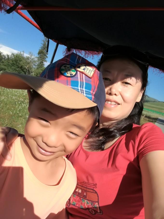 带着小孩儿游新疆