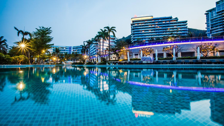 一线海景国际品牌五星酒店·三亚大东海山海天万豪酒店(套餐项目丰富