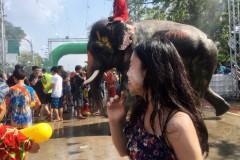 在泰国过年宋干节,度假半个月的湿身之旅