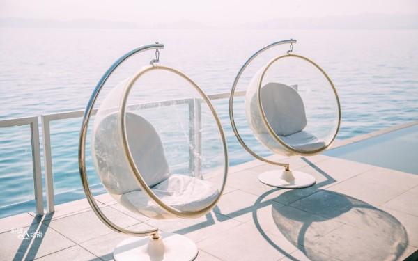 丽江 游记  大理 的网红玻璃球哪里都有它的存在在拍玻璃球的时候,刷图片