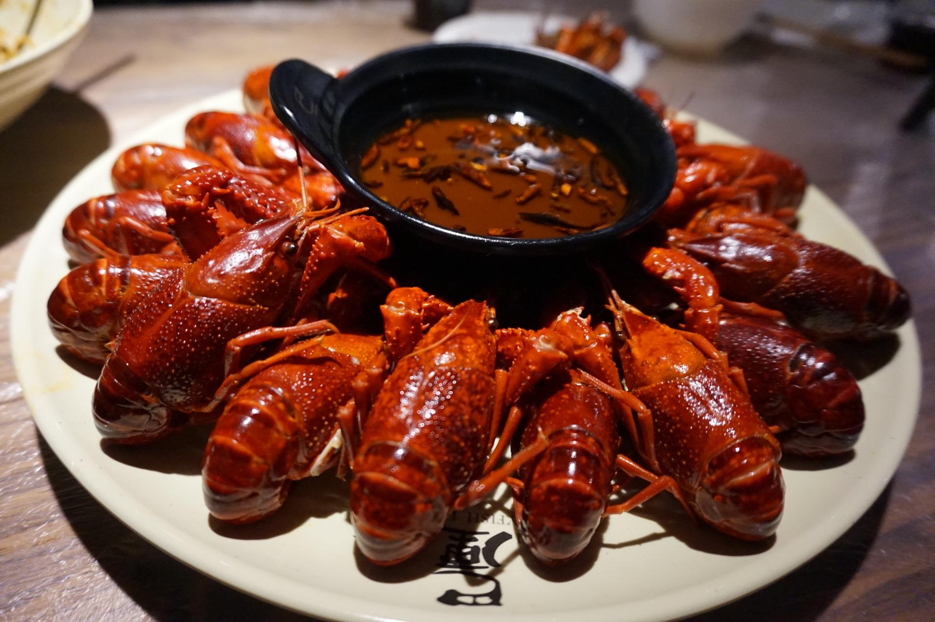 厨师长教你巴厘龙虾的正宗做法,虾酱虾油虾粉才是... _网易视频