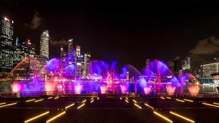 灯光秀(滨海湾)(Spectra - Light & Water Show)