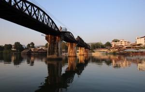 【北碧图片】隐藏的旧歌单/泄在历史的光影:不一样的泰国游之五:桂河大桥