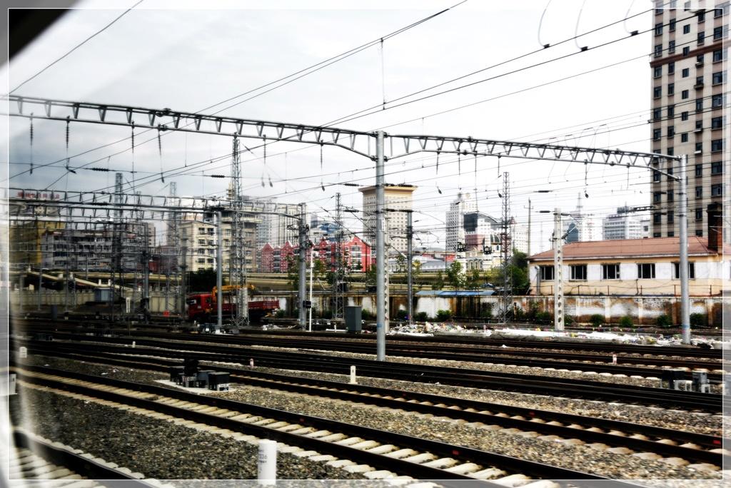 坐高铁去绥芬河 俄式建筑瓦罐羊肉和大市场