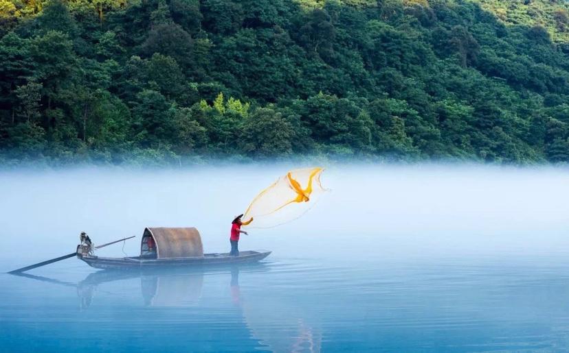 第一次旅游,不知道要自驾游还是包团?一团雾