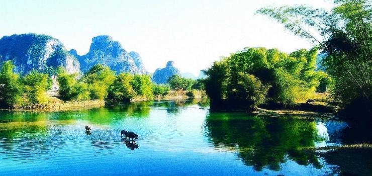 雨卜民族风情旅游度假村