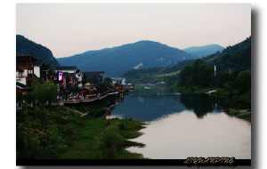 【武陵源图片】溪布街的夜色