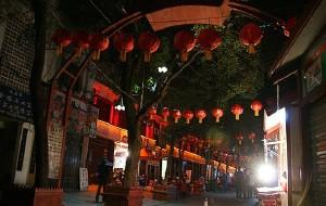 南昌美食-绳金塔美食街