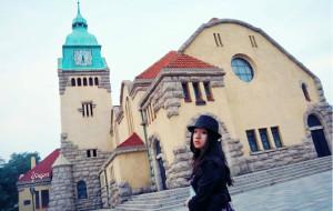 【青岛图片】独自私奔去青岛——就算没有人为我拍照,至少我还能勇敢地自我欣赏。
