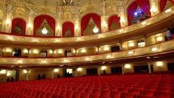 柏林娱乐-喜剧歌剧院(Komische Oper)