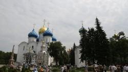 莫斯科景点-谢尔盖耶夫镇圣母升天大教堂