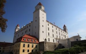【布拉迪斯拉发图片】游览斯洛伐克首都布拉迪斯拉法的城堡
