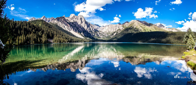 国家野生保护动物,雪山,草原,原始森林,寺庙,而松耳石般碧翠的措普湖