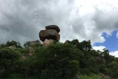 非洲行记(二)    津巴布韦的石头,动物与瀑布