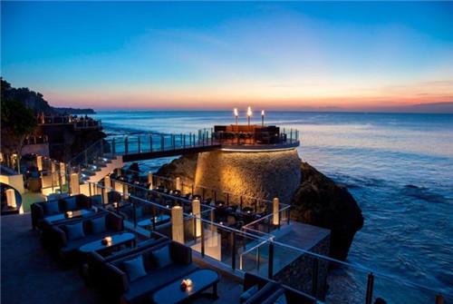 广州直飞巴厘岛5天4晚(海景别墅+希尔顿海景房) rock酒吧悬崖海景下午