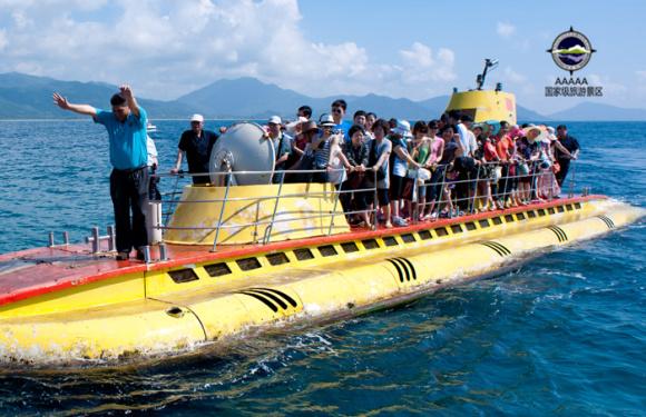 【当天可订】 陵水 分界洲岛海底观光艇(全潜)门票 (凭身份证领取)