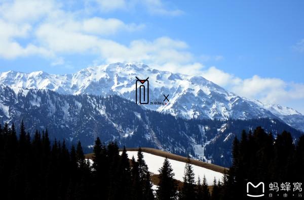 口岸,与   哈萨克斯坦   县,是一个风光秀丽的高山湖泊.湖面海拔