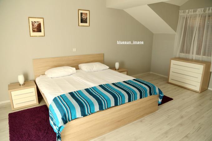 背景墙 床 房间 家居 家具 设计 卧室 卧室装修 现代 装修 680_453