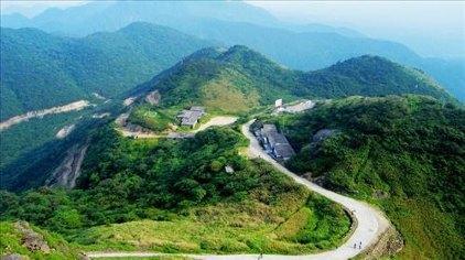 原始森林自然保护区,这就是广东第一峰旅游风景区