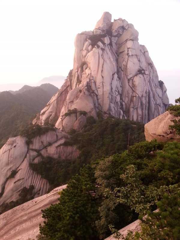 天柱山风景区片-露营天柱山 在天庭沐浴上帝的阳光图片