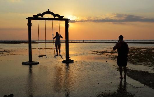 印度尼西亚龙目岛吉利三岛浮潜一日游(浮潜 圣吉吉海滩 特色午/晚餐)