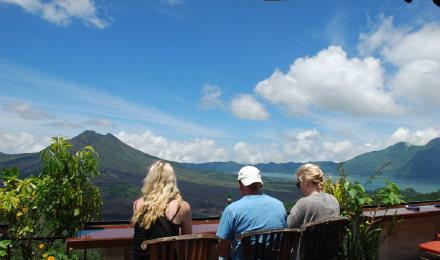 天天出发/2人成团/巴厘岛北部火山温泉游-金塔马尼火山  屋顶餐厅