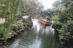 河道如织、石桥纵横、高墙深巷、水阁飞檐——漫步江南古镇