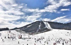 武汉娱乐-神农架国际滑雪场