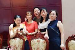兴隆中学萍萍省亲回来安游览南京巴布洛大泉湖做客雨花之源大酒店