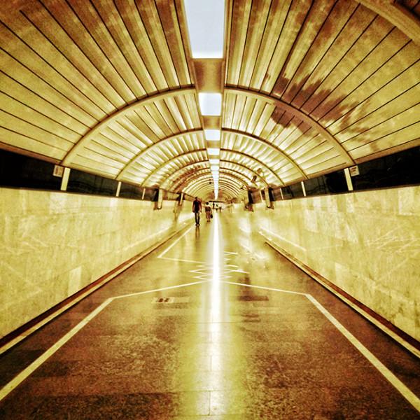巴库地铁:以诗人名字命名站名