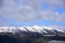 炉霍不知名的雪山